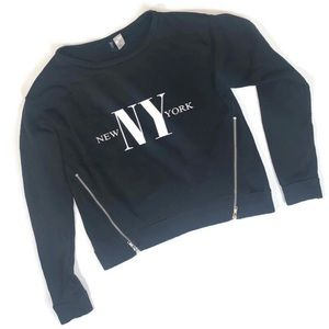 ✨NWOT✨ NEW YORK Long Sleeve Graphic Shirt